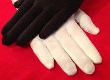 KIDS THERMAL FITTED GLOVES - 4 COLOURS AVAILABLE